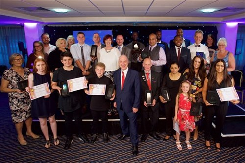 OUTSTANDING CITIZENS AWARD GROUP PIC